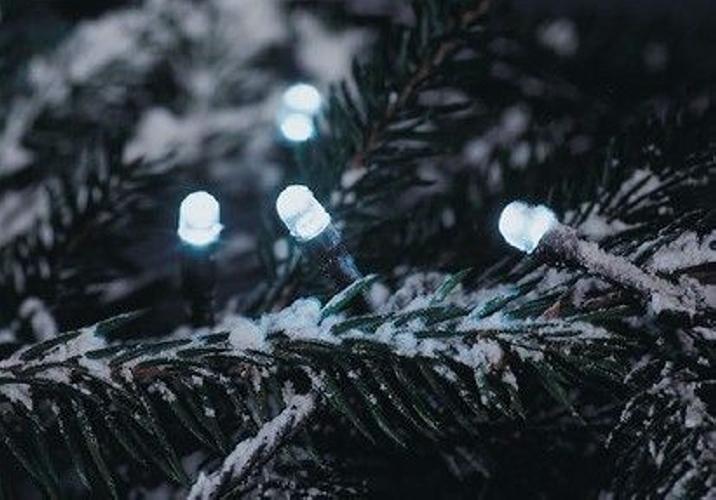Vánoční LED řetěz - 40 m, 400 LED, studeně bílý