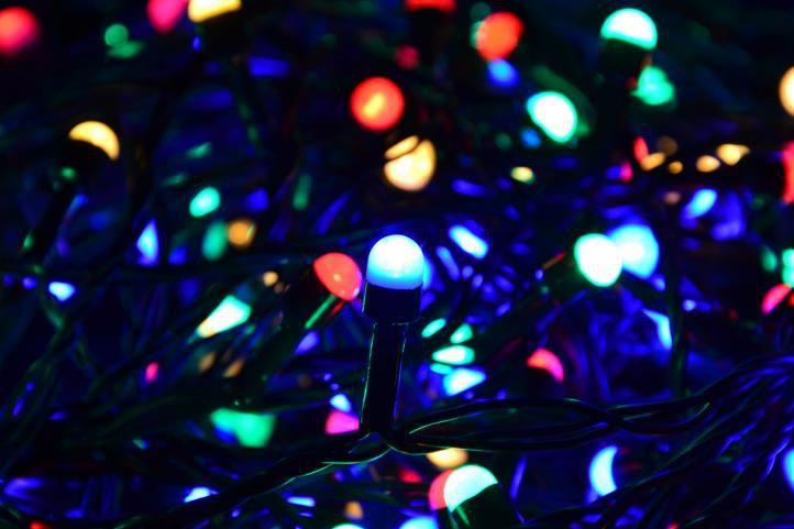 Nexos 28389 Vánoční LED osvětlení 10 m - barevné, 100 MAXI LED diod