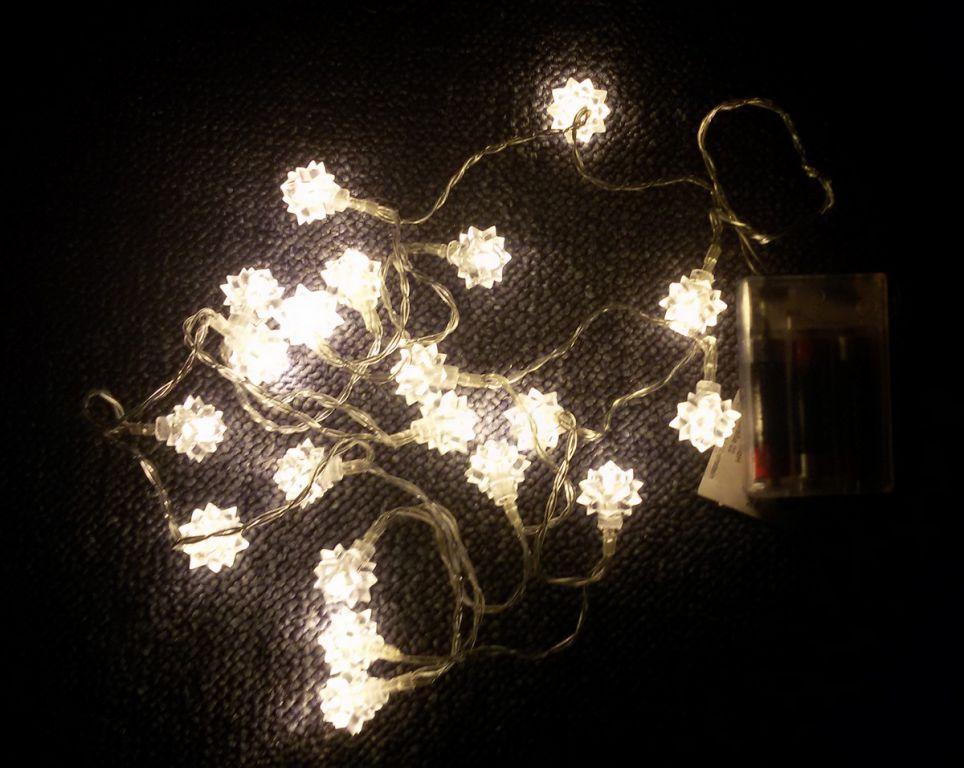Nexos 33469 Vánoční dekorace - Sněhová hvězda - 20 LED teple bílá