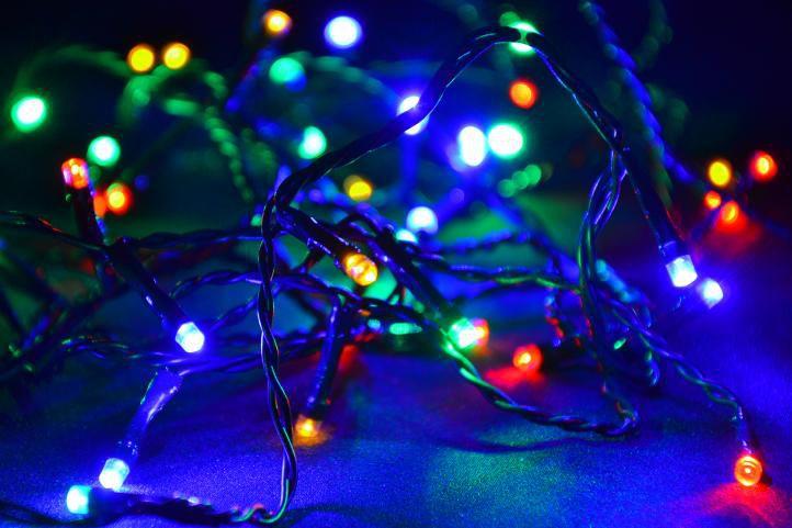 Nexos 5957 Vánoční LED osvětlení 8 m - barevné, 80 diod