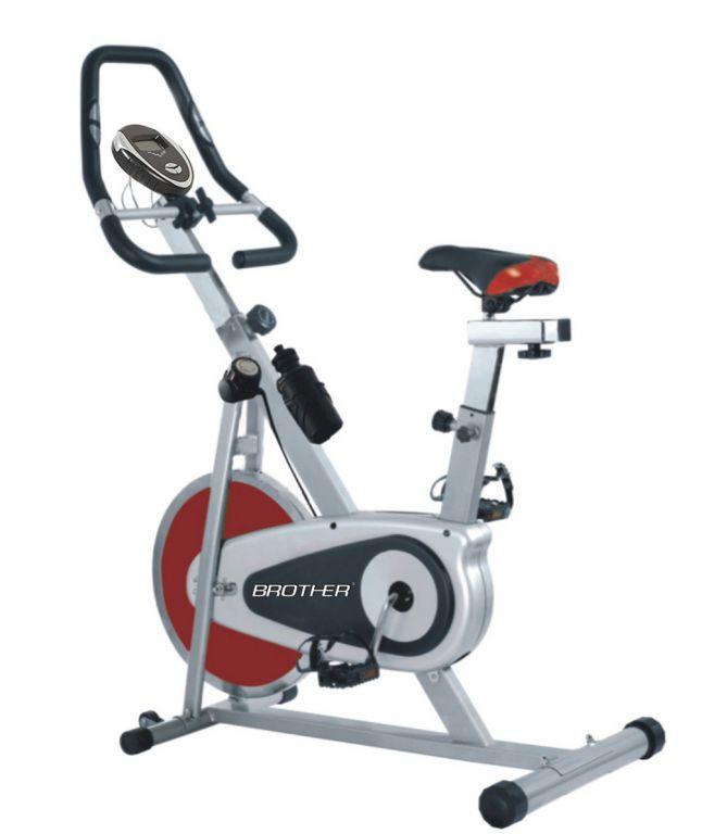 Cyklistický trenažer BC4620 s magnetickým odporem