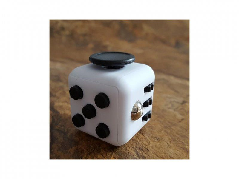 Fidget fingers kostka - antistresová hračka